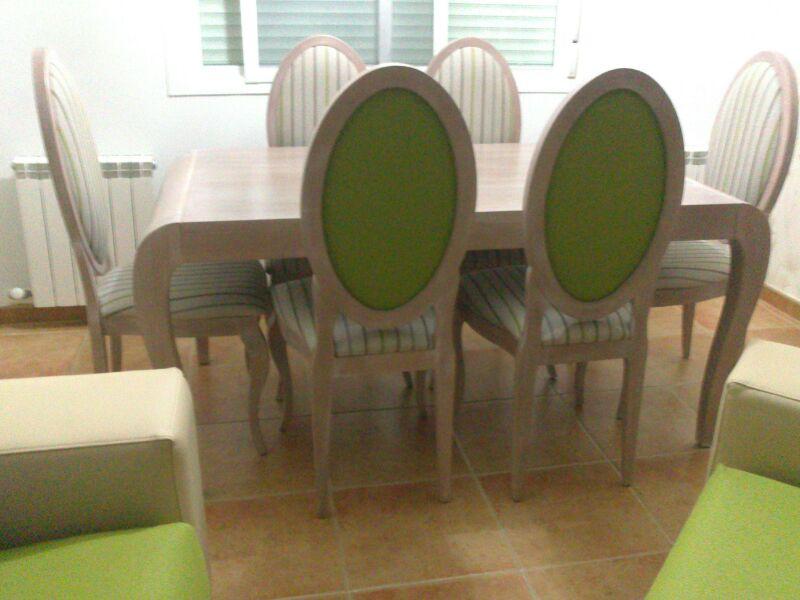Mesas y Sillas con tela de cliente